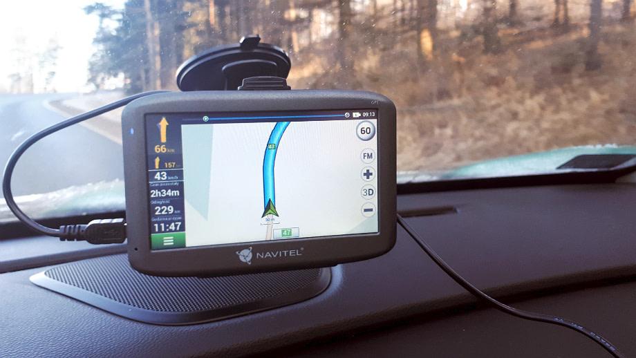 nawigacja gps do samochodu
